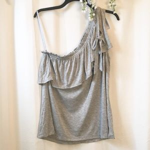 NWT• LOFT• one shoulder ruffle tee•Large